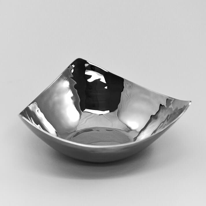 Hand Hammered Stainless Steel Tri Corner Bowls Kasumisou