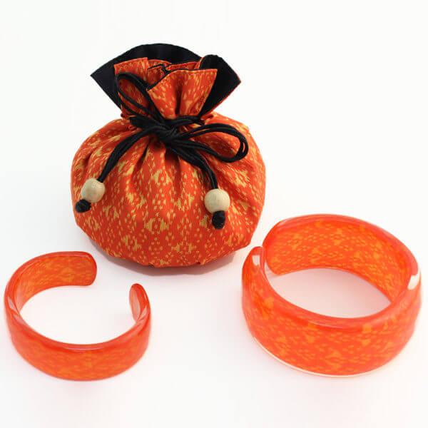 OrangeBangles850pxWP