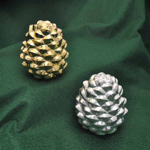 Som Samay's silver and gold pine cones