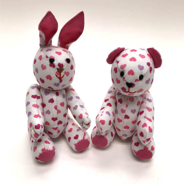 Tiny heart print pocket pals® - bunny and bear